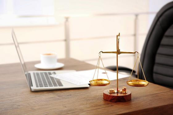 Avocate en droit des contrats Toulouse